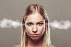 Jak nie ulegać emocjom podczas dyskusji?